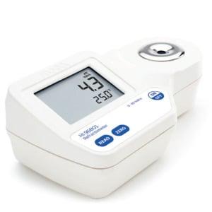 Digital Refractometer for Brix Analysis in Foods - HI96801