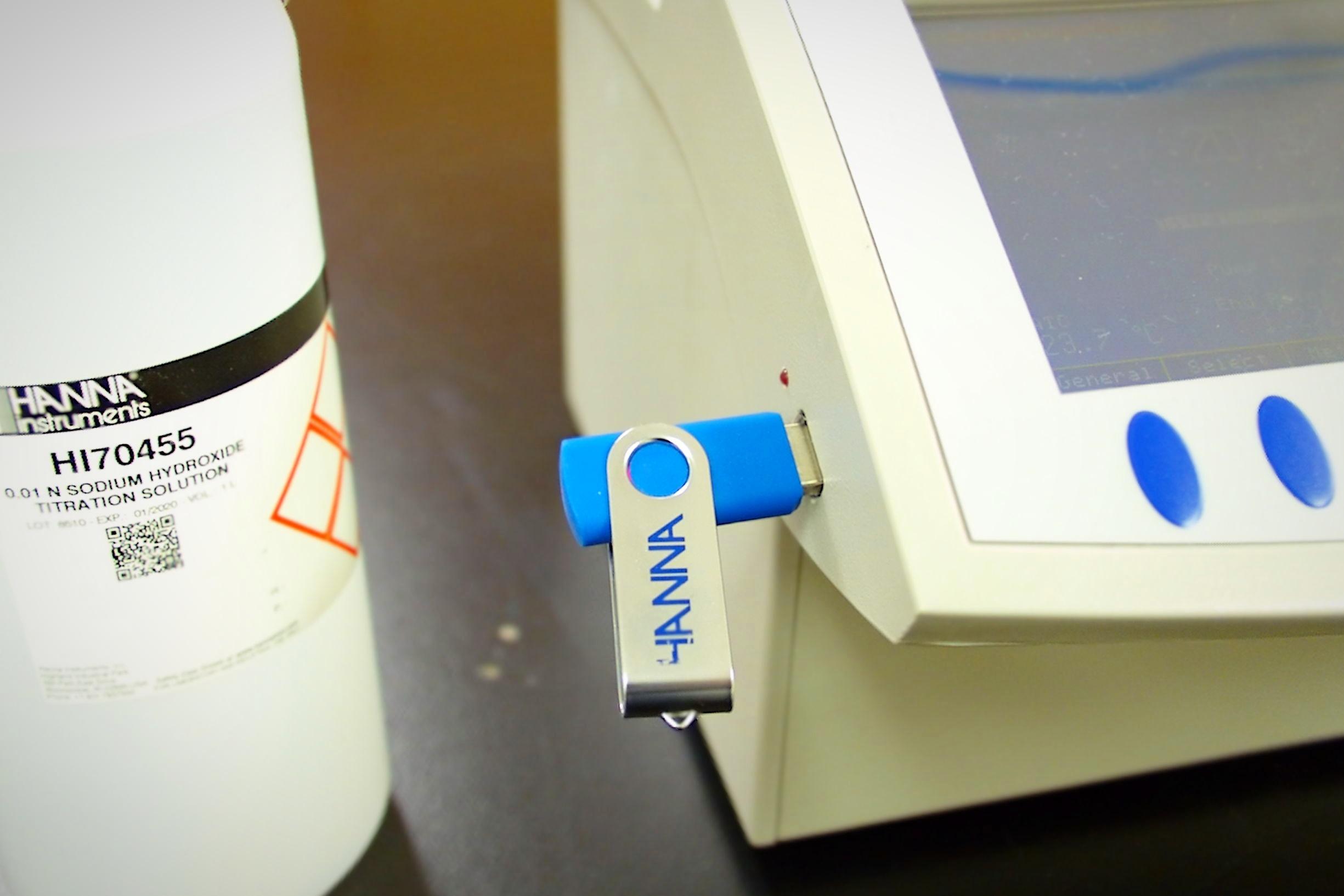 Titrator USB port