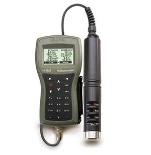 HI9829 Multiparameter meter