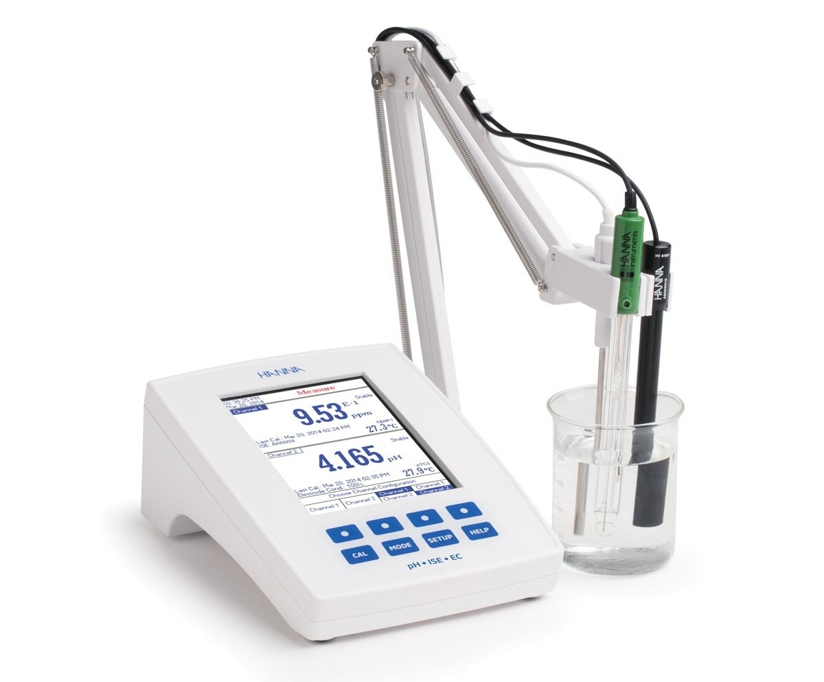 Laboratory Research Grade Benchtop pH/mV/ISE and EC/TDS/Salinity/Resistivity Meter - HI5522