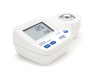 digital refractometer for wine and juice